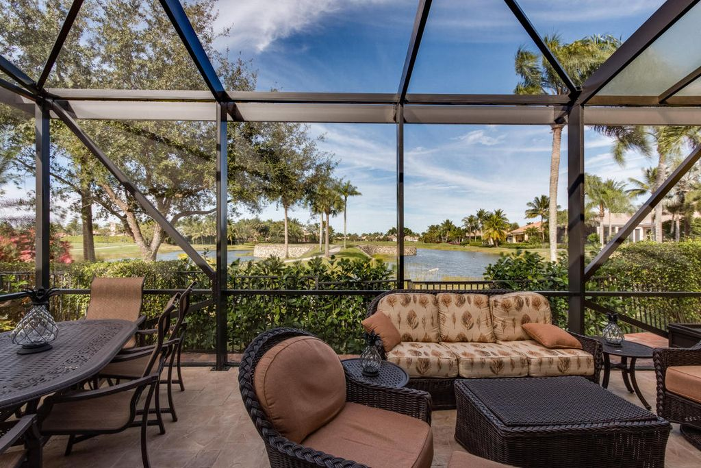 7613 Hawks Landing Dr, West Palm Beach, FL 33412 -  $1,095,000 home for sale, house images, photos and pics gallery