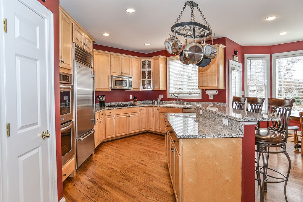 8291 Elm Shade Ct, Vienna, VA 22182 -  $1,199,000 home for sale, house images, photos and pics gallery