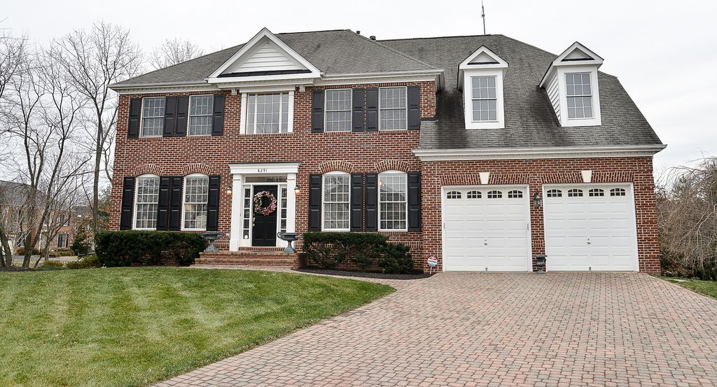 8291 Elm Shade Ct, Vienna, VA 22182 -  $1,199,000