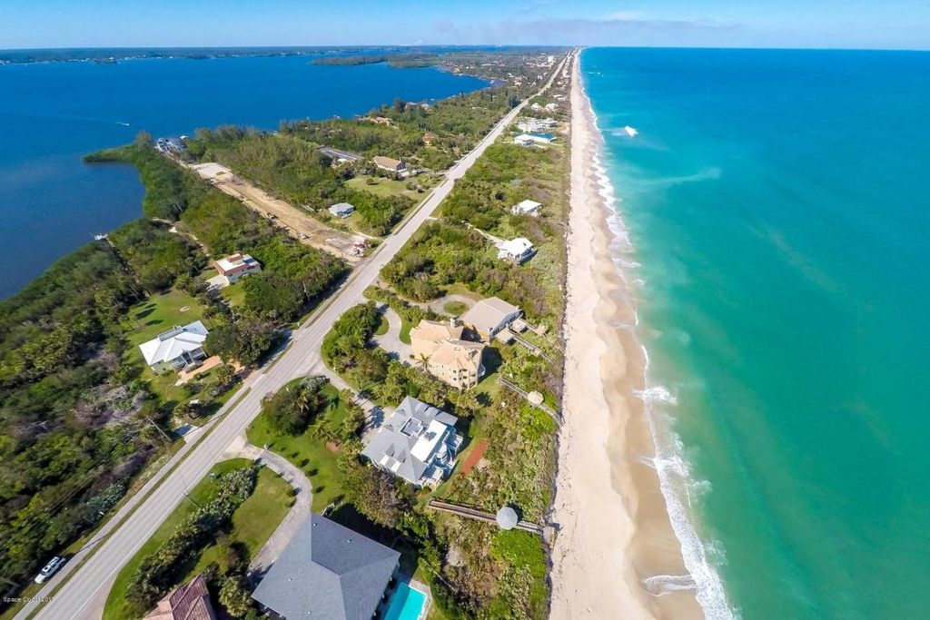 8325 S Highway A1a, Melbourne Beach, FL 32951 -  $1,100,000 home for sale, house images, photos and pics gallery