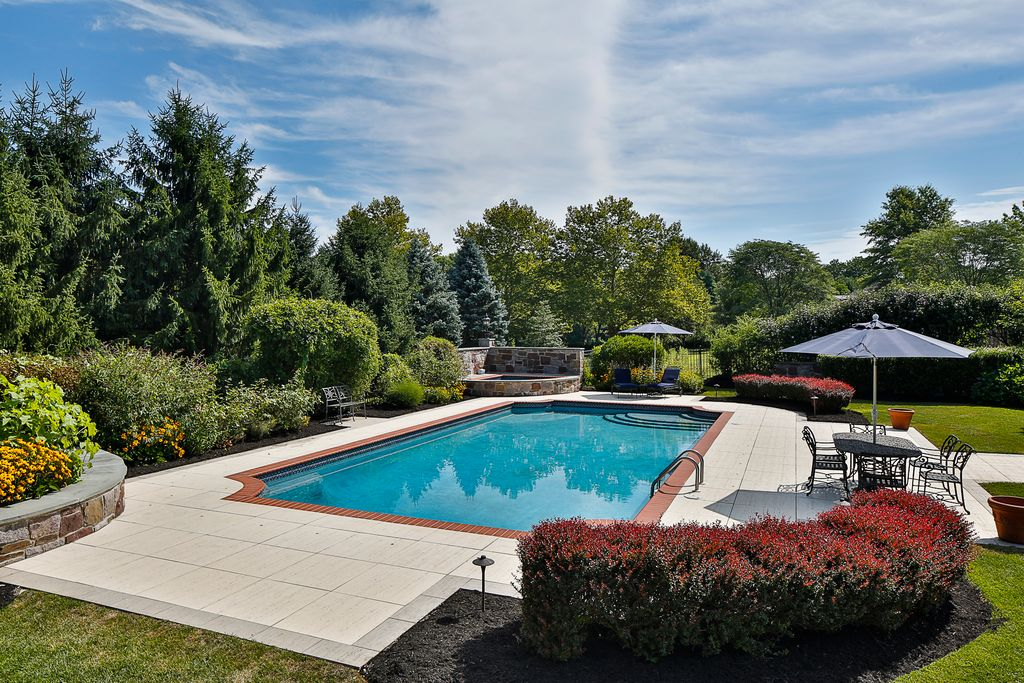 9 Chase Hollow Rd, Hopewell, NJ 08525 -  $1,099,000 home for sale, house images, photos and pics gallery