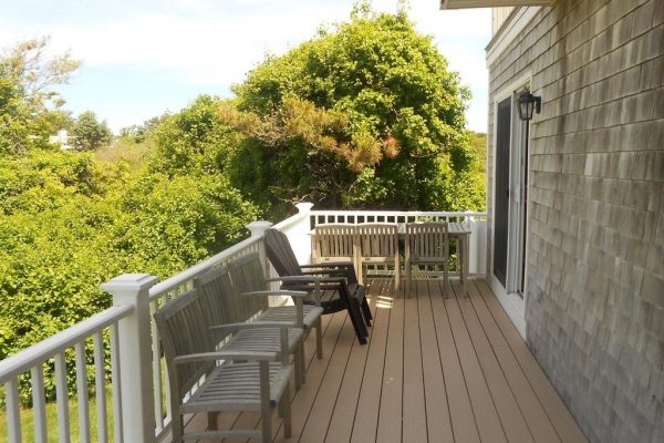 90 Hawes Ave, Hyannis, MA 02601 -  $1,100,000