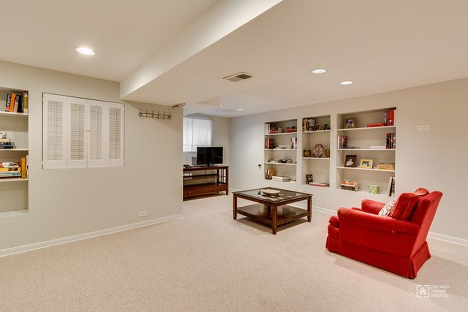 905 W Newport Ave, Chicago, IL 60657 -  $1,099,900 home for sale, house images, photos and pics gallery