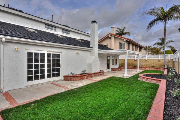9882 Chance Cir, Huntington Beach, CA 92646 -  $1,100,000