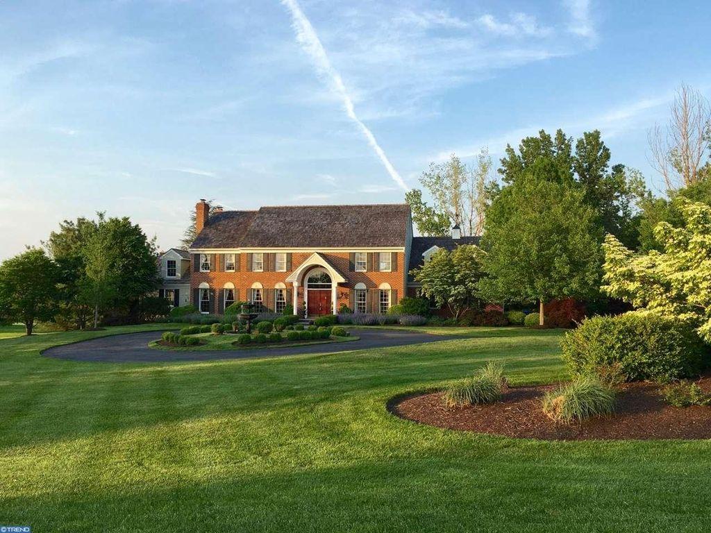 10 Spring Oak Dr, Newtown, PA 18940 -  $1,095,000