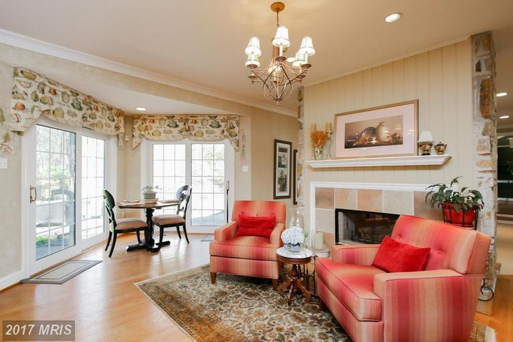 10313 Princeton Cir, Ellicott City, MD 21042 -  $1,099,000 home for sale, house images, photos and pics gallery