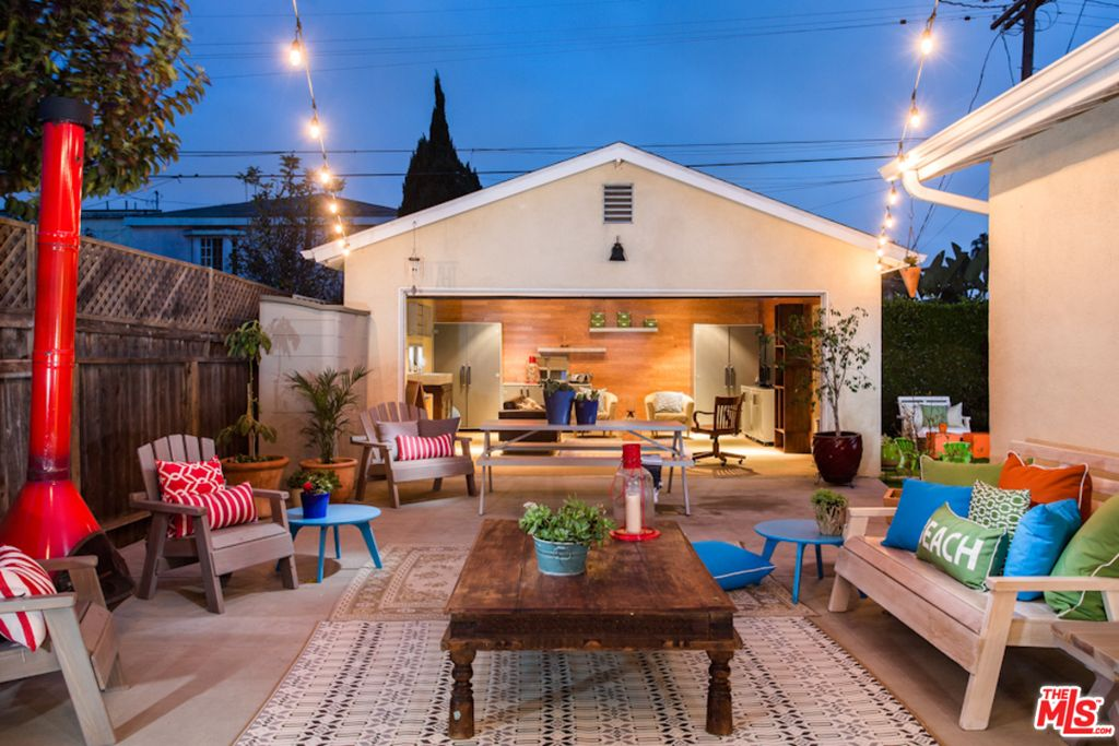 12428 Gilmore Ave, Los Angeles, CA 90066 -  $1,090,000
