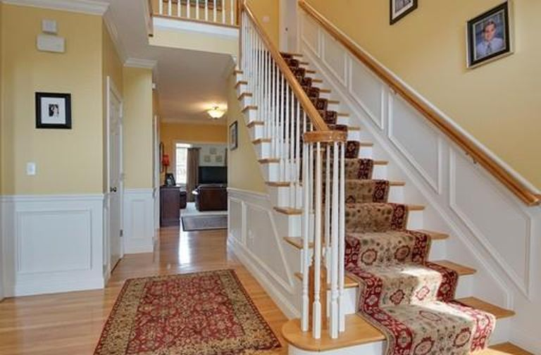 14 Essex St, Norfolk, MA 02056 -  $1,075,000 home for sale, house images, photos and pics gallery
