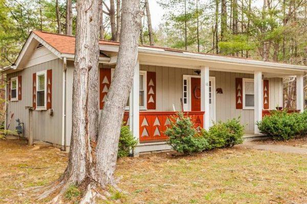 14 Leisure Mountain Rd, Asheville, NC 28804 -  $1,200,000