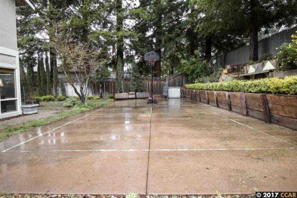 154 Bexley Pl, Walnut Creek, CA 94598 -  $1,088,000