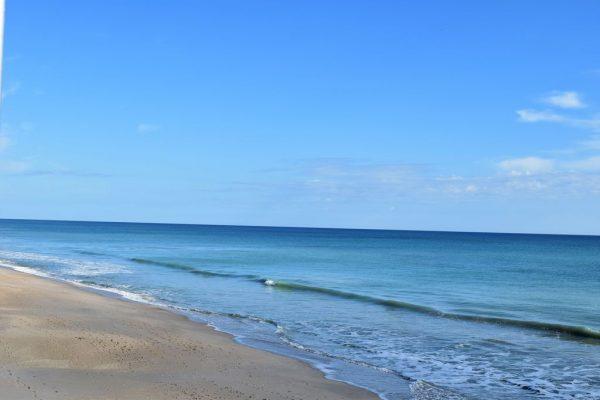 1820 E Barefoot Pl, Vero Beach, FL 32963 -  $1,095,000