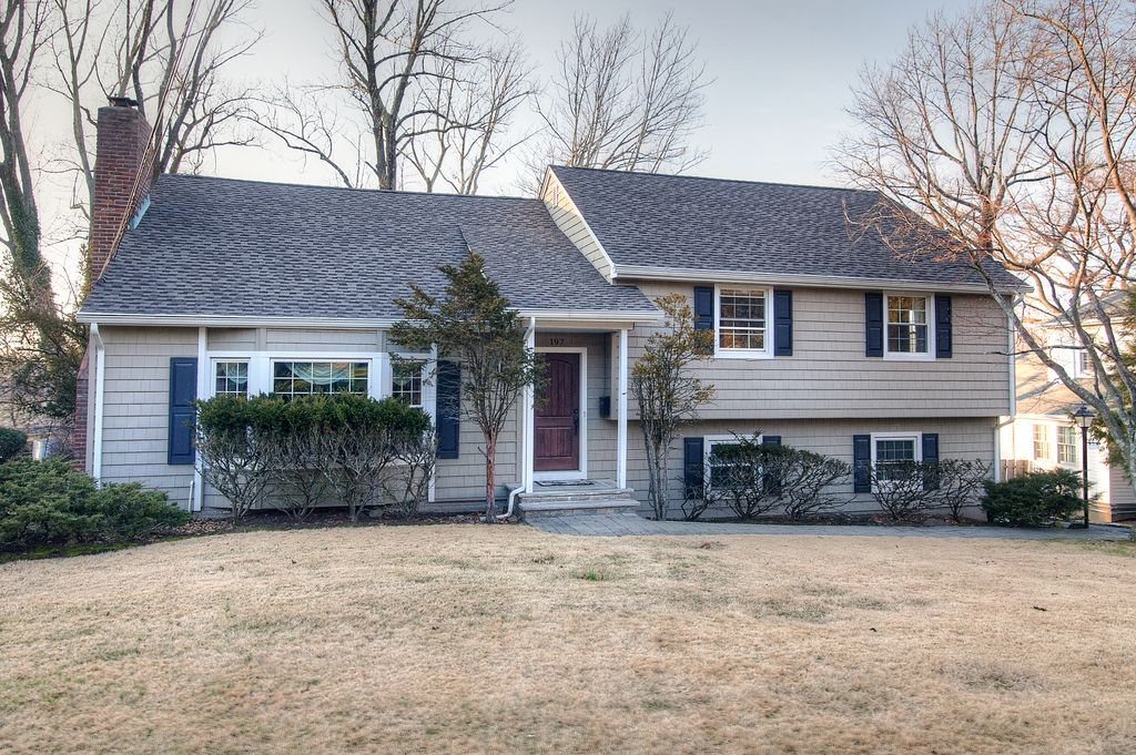 197 White Oak Ridge Rd, Short Hills, NJ 07078 -  $1,088,000 home for sale, house images, photos and pics gallery