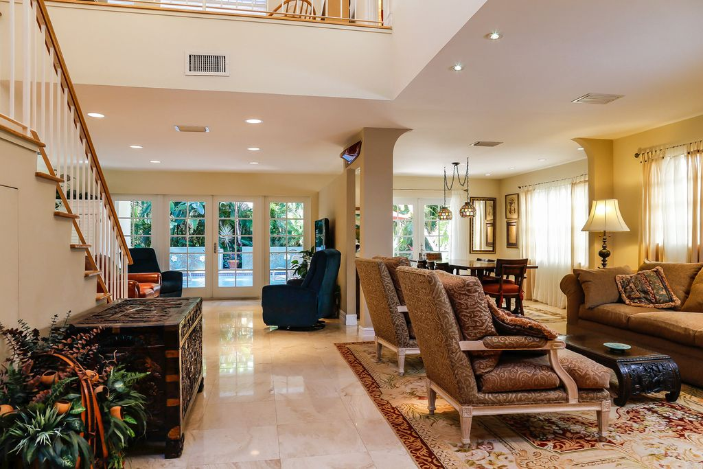 2516 San Domingo St, Coral Gables, FL 33134 -  $1,150,000 home for sale, house images, photos and pics gallery