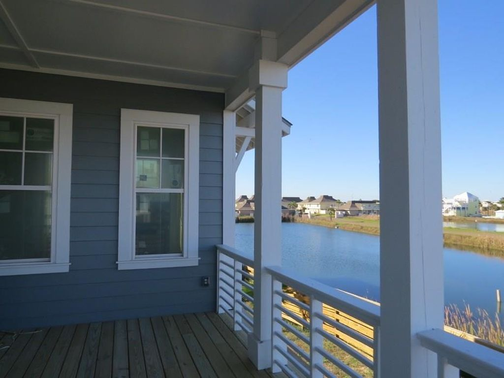 279 Hide Away Dr, Port Aransas, TX 78373 -  $1,150,000 home for sale, house images, photos and pics gallery