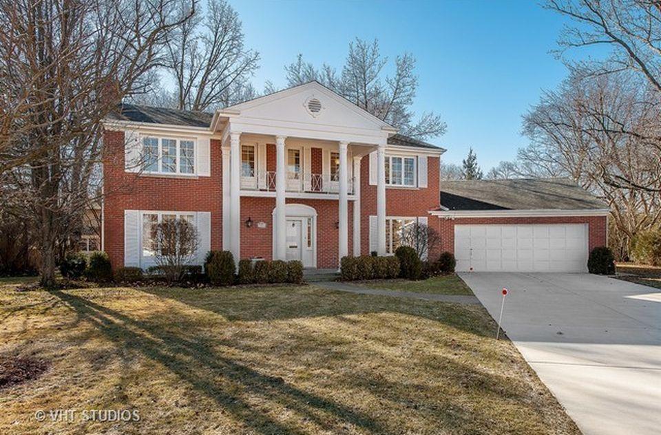 3001 Iroquois Rd, Wilmette, IL 60091 -  $1,075,000