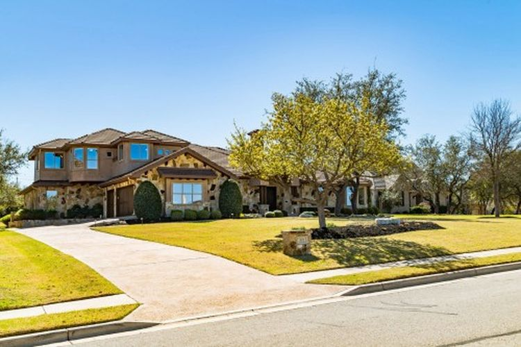 301 Dawn River Cv, Austin, TX 78732 -  $1,100,000 home for sale, house images, photos and pics gallery