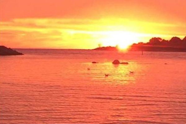 33 Island Cir S, Groton, CT 06340 -  $1,100,000