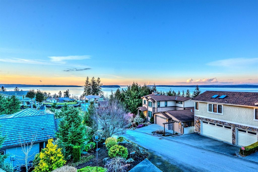4812 Belvedere Ave, Everett, WA 98203 -  $1,100,000 home for sale, house images, photos and pics gallery