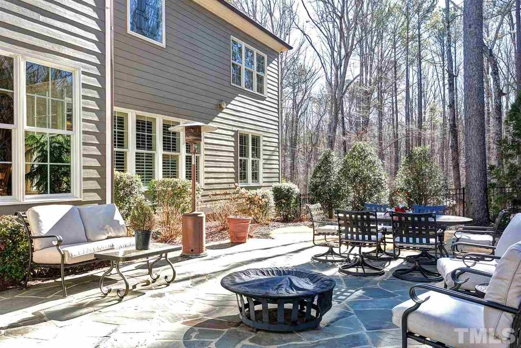 6860 Piershill Ln, Cary, NC 27519 -  $1,090,000 home for sale, house images, photos and pics gallery