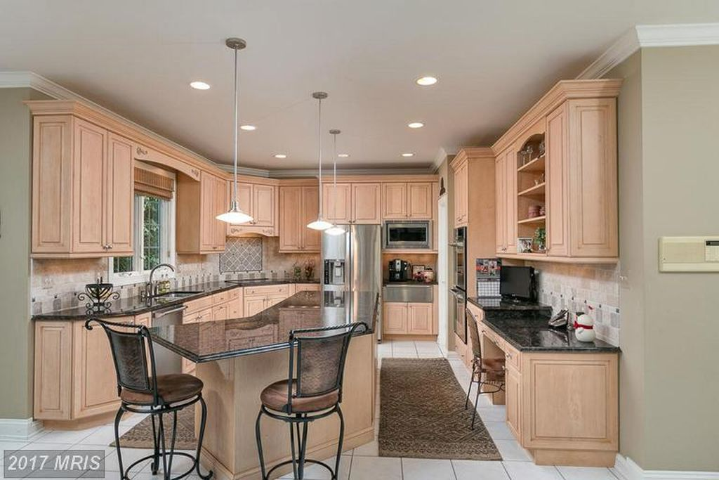 10304 Kingsway Ct, Ellicott City, MD 21042 -  $1,099,000 home for sale, house images, photos and pics gallery