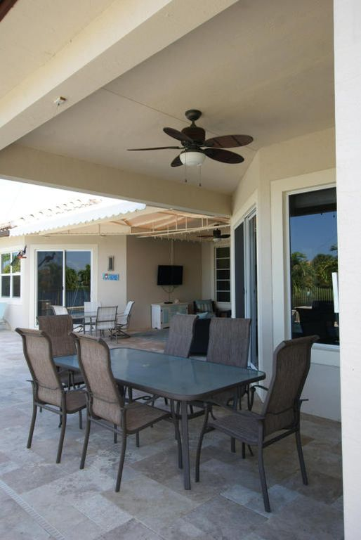 105 Casa Cir, Jupiter, FL 33458 -  $1,125,000 home for sale, house images, photos and pics gallery