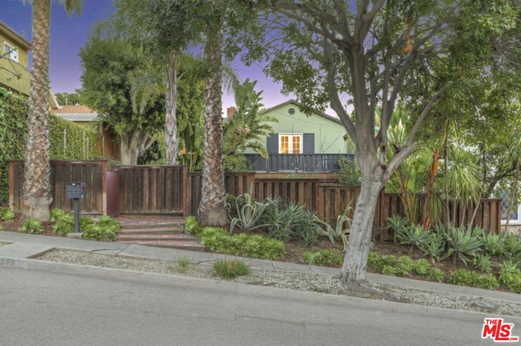1540 N Benton Way, Los Angeles, CA 90026 -  $1,079,000