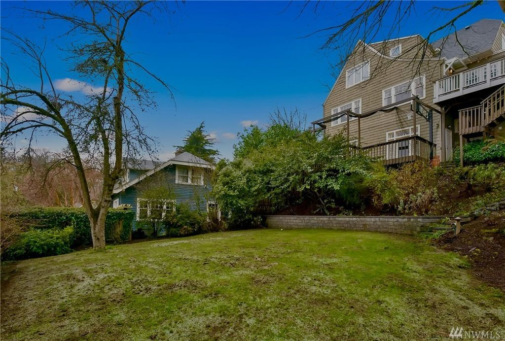 2841 Mount Rainier Dr S, Seattle, WA 98144 -  $1,100,000 home for sale, house images, photos and pics gallery