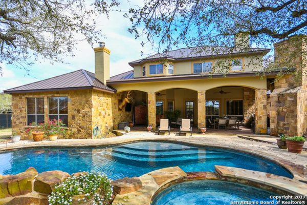 30804 Wood Bine Way, Fair Oaks Ranch, TX 78015 -  $1,089,995