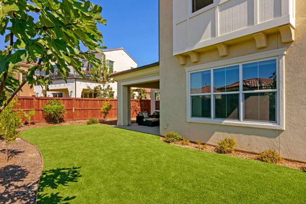 3629 Buck Ridge Ave, Carlsbad, CA 92010 -  $1,079,900