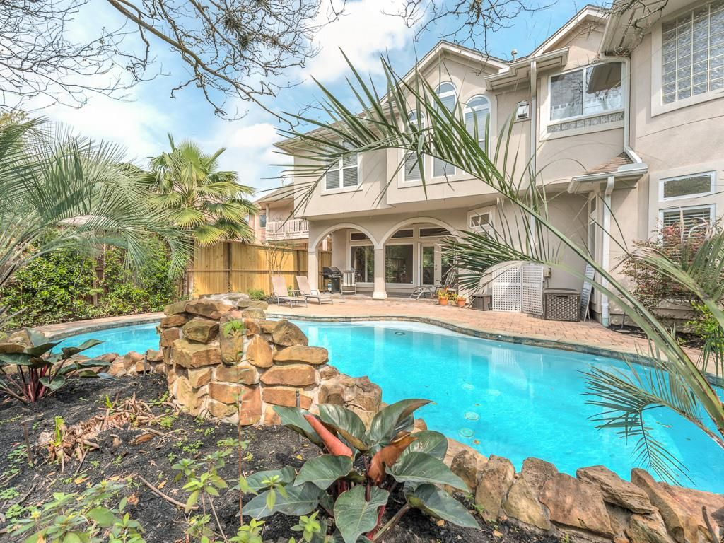 3637 Bellefontaine St, Houston, TX 77025 -  $1,075,000 home for sale, house images, photos and pics gallery