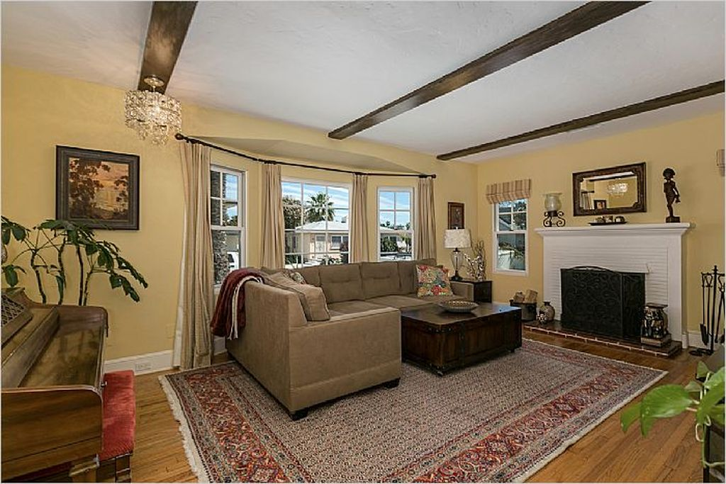 3656 Yosemite St, San Diego, CA 92109 -  $1,085,000 home for sale, house images, photos and pics gallery