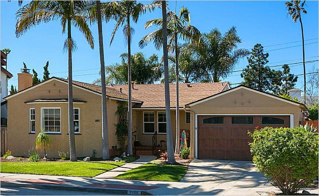 3656 Yosemite St, San Diego, CA 92109 -  $1,085,000