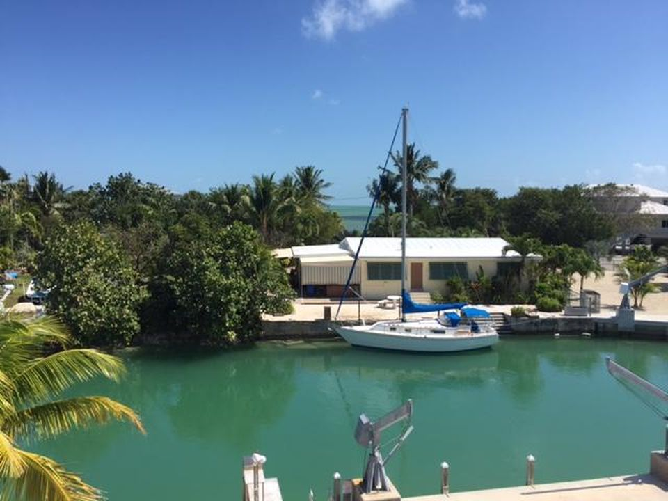 459 Pattison Dr, Cudjoe Key, FL 33042 -  $1,075,000 home for sale, house images, photos and pics gallery