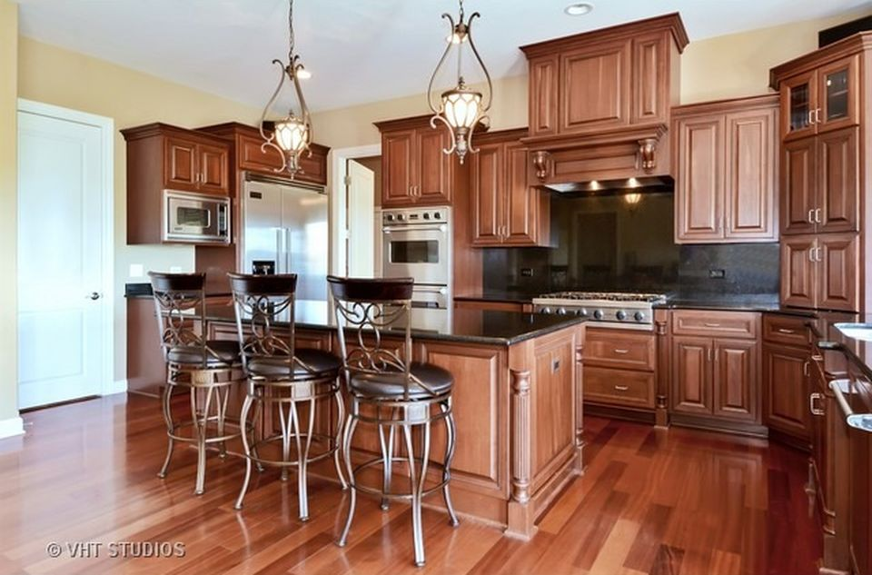 4723 Sassafras Ln, Naperville, IL 60564 -  $1,025,000 home for sale, house images, photos and pics gallery