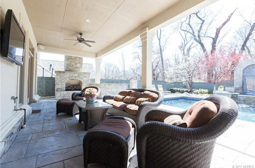 6220 E 108th St, Tulsa, OK 74137 -  $1,050,000 home for sale, house images, photos and pics gallery