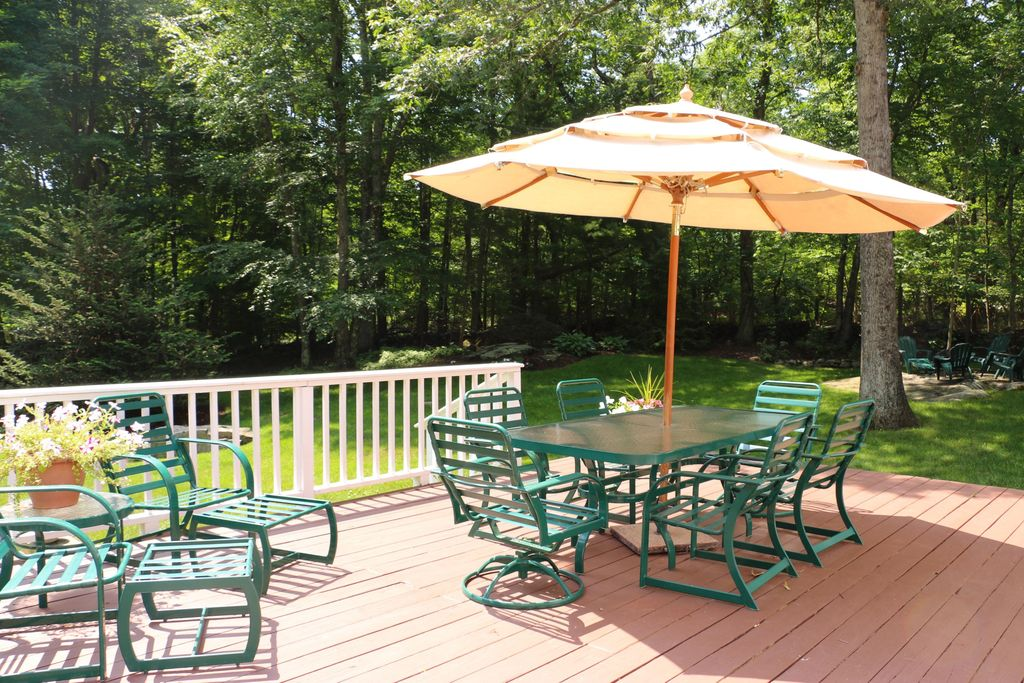 69 Nod Rd, Ridgefield, CT 06877 -  $1,045,000 home for sale, house images, photos and pics gallery