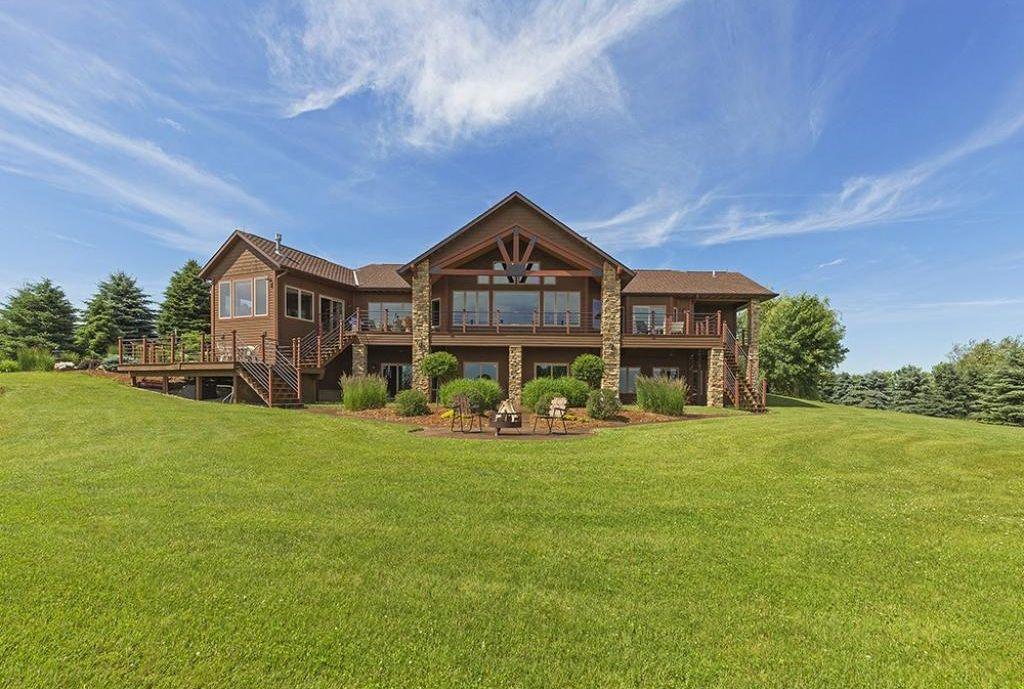 W6133 690th Ave, Beldenville, WI 54003 -  $1,049,000