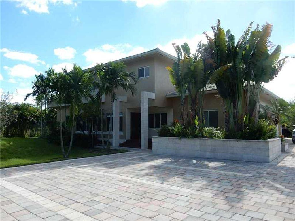 11260 W Sunrise Blvd, Plantation, FL 33323 -  $1,075,000