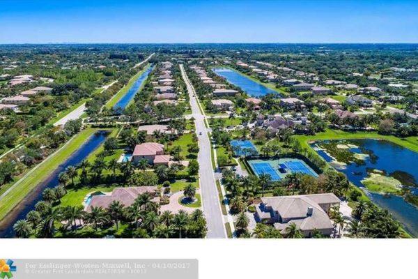 3060 Birch Ter, Davie, FL 33330 -  $1,089,000