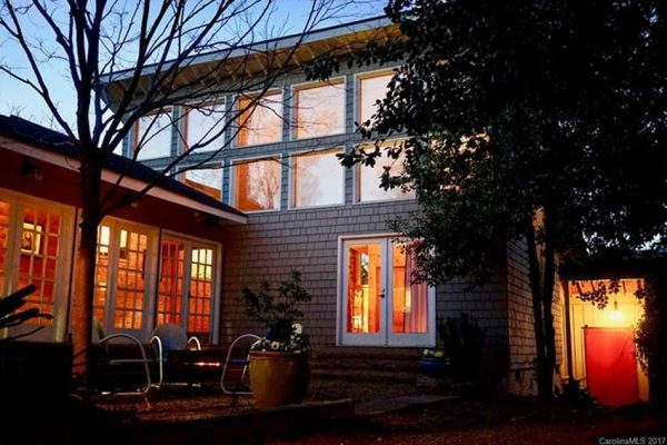 416 Hermitage Ct, Charlotte, NC 28207 -  $1,089,000