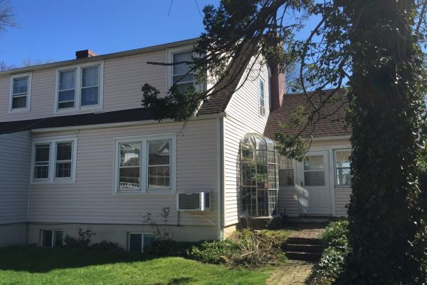 48 Willis Ave, Floral Park, NY 11001 -  $1,075,000