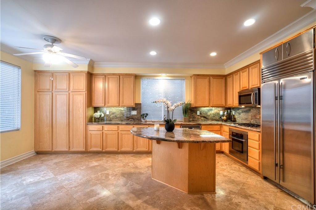56 Mount Vernon, Irvine, CA 92620 -  $1,168,000 home for sale, house images, photos and pics gallery