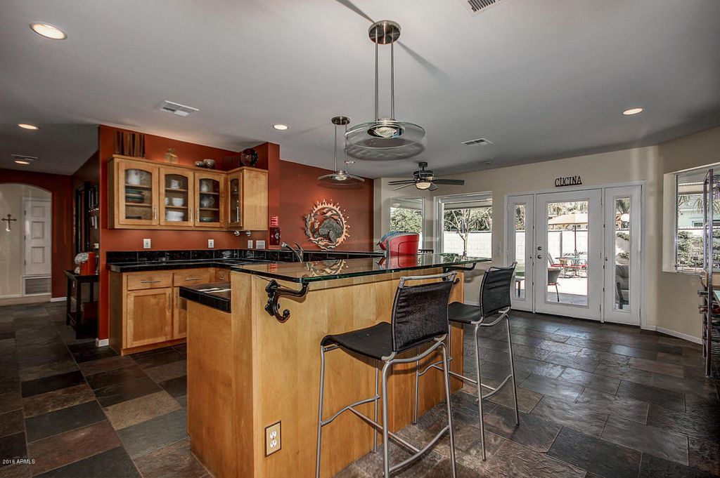 6302 E Calle Del Paisano, Scottsdale, AZ 85251 -  $1,075,000 home for sale, house images, photos and pics gallery