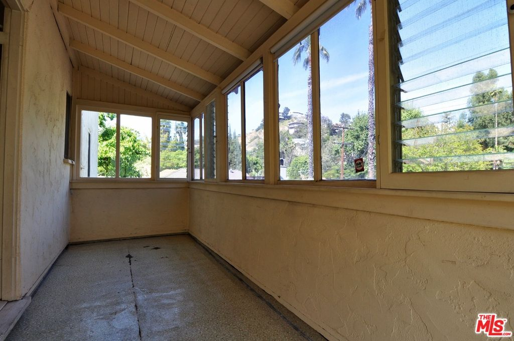 6467 Odin St, Los Angeles, CA 90068 -  $1,095,000 home for sale, house images, photos and pics gallery