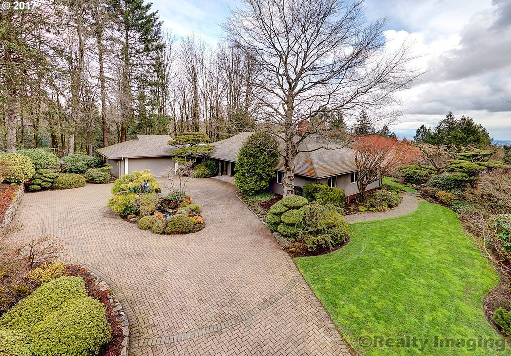 711 SW 48th Dr, Portland, OR 97221 -  $1,150,000