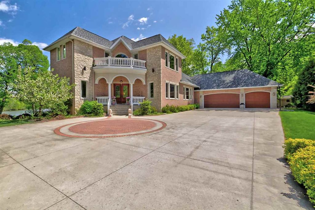 1200 Palisades Dr, Appleton, WI 54915 -  $1,295,000 home for sale, house images, photos and pics gallery