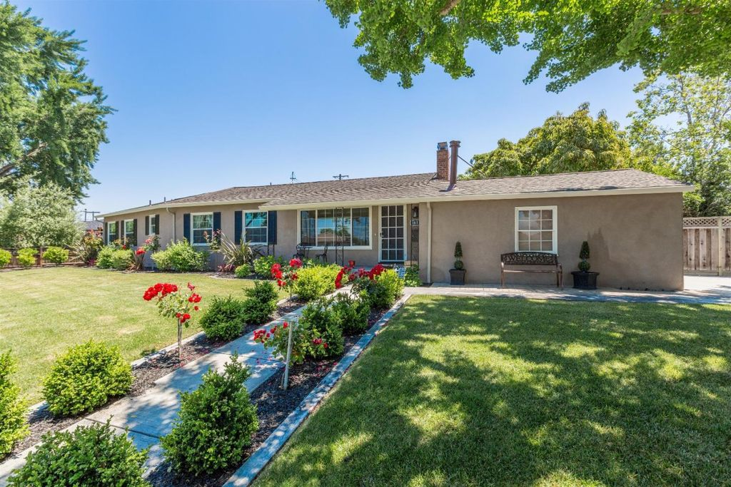 1610 Newhall St, Santa Clara, CA 95050 -  $1,288,000 home for sale, house images, photos and pics gallery
