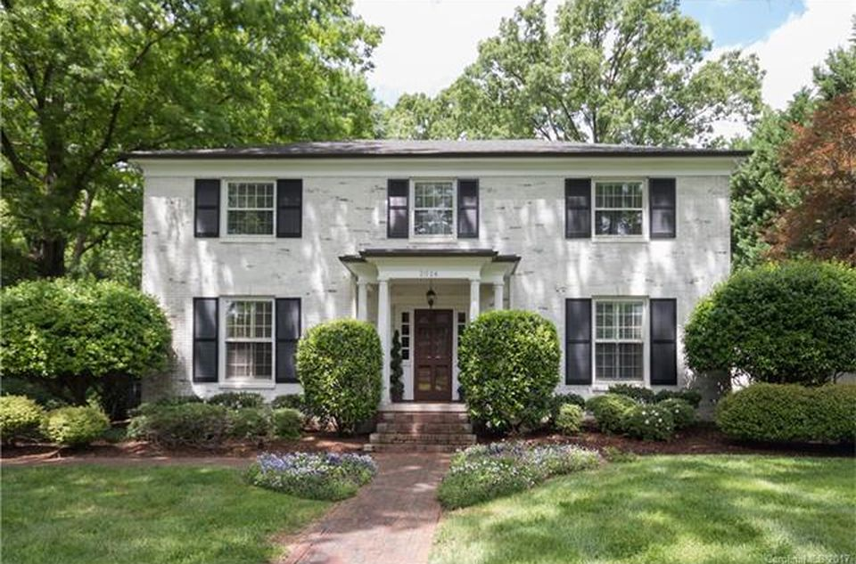 2026 S Wendover Rd, Charlotte, NC 28211 -  $1,050,000 home for sale, house images, photos and pics gallery
