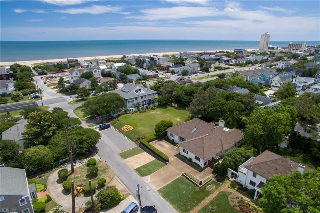 208 63rd St, Virginia Beach, VA 23451 -  $1,275,000 home for sale, house images, photos and pics gallery