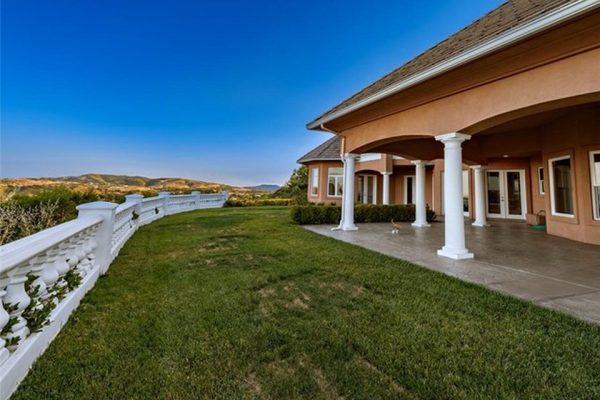 21203 Paseo Montana, Murrieta, CA 92562 -  $1,064,000